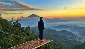 """Bukit """"ISIS"""" yang sedang hits di Yogyakarta"""