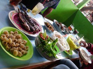 Menikmati seafood pantai depok Jogja yang fresh dan murah meriah444