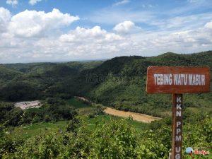 Kawasan Tebing Watu Mabur