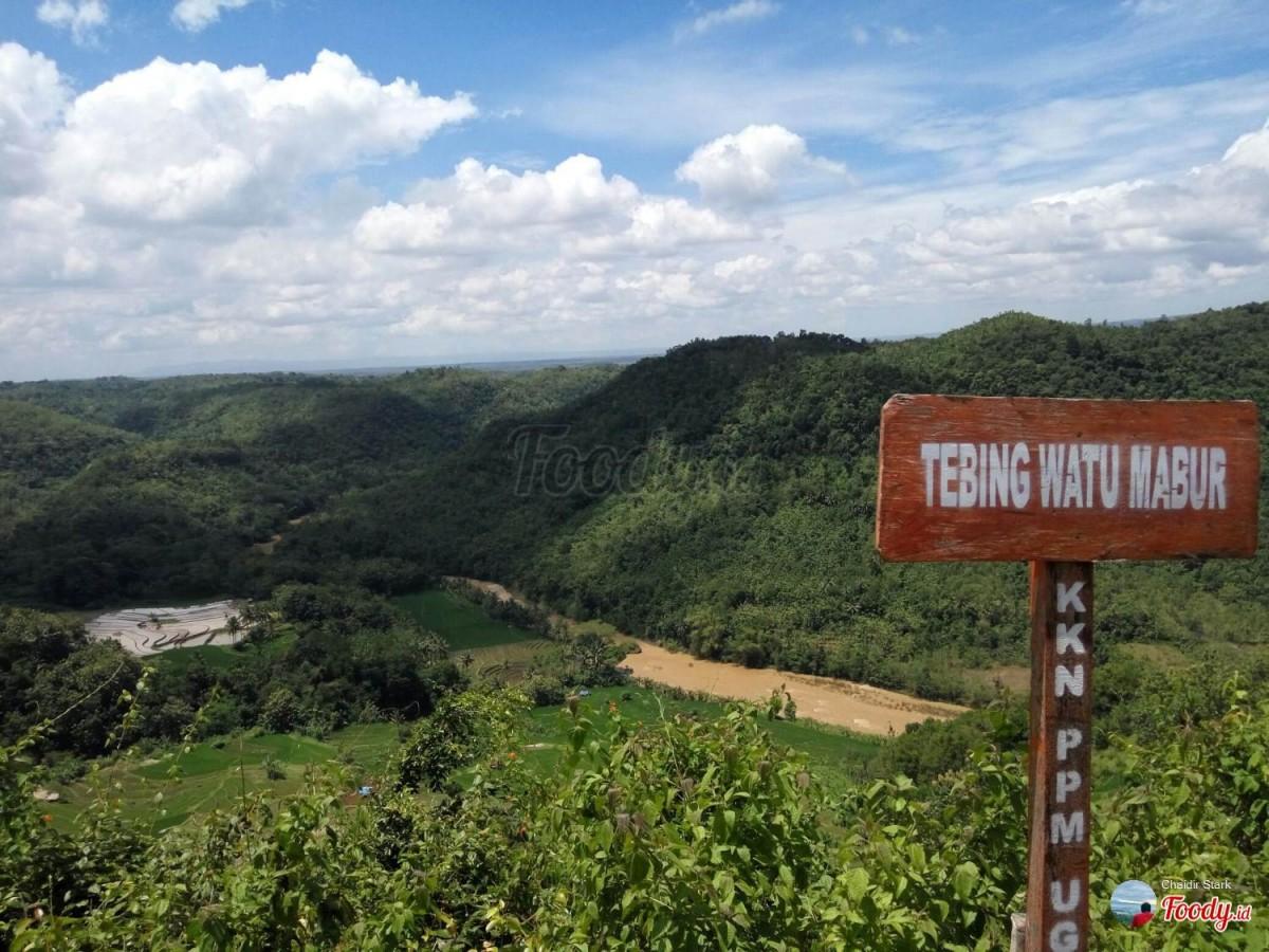 Kawasan Tebing Watu Mabur yang Instagramable 2017
