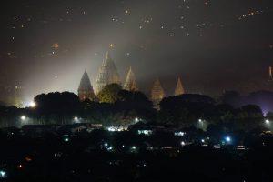 Spot Riyadi Prambanan Yogyakarta menjadi tempat berburu Sunrise bagi fotografer