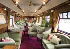 kereta api pariwisata anak perusahaan KAI