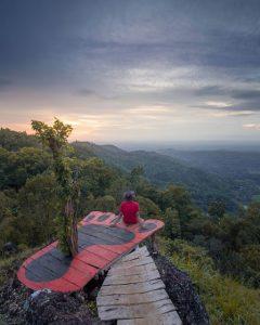 Pesona Sunset Bukit Seribu Bintang atau Lintang Sewu Muntuk, Yogyakarta