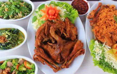 Bagi Pencinta Ayam Goreng, Cicipi 6 Wisata Kuliner Ayam Goreng Maknyos ini di Jogja!