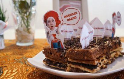 Oleh-oleh Kekinian, Cake Milik Artis di Jogja