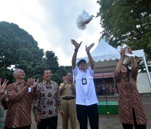 Lustrum SMPN.1 Yogyakarta, Walikota Ajak Para Siswa Jauhi Narkoba dan Hoax