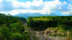 """Wisata """"Batu Alien"""" di Yogyakarta"""