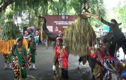 Kecamatan Kalasan Terbaik dalam Festival Upacara Adat dan Tradisi Budaya