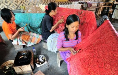 Tradisi Batik Tulis Desa Wisata Giriloya