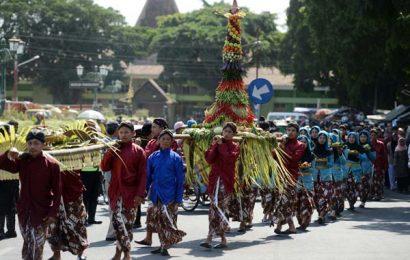 Festival Upacara Adat dan Tradisi Budaya Tahun 2017 Bentuk Masyarakat yang Memiliki Toleransi