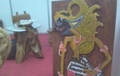 Wayang Kayu 'Raksasa' dari Bantul Mejeng di JEC