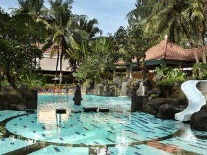 melia-purosani-hotel-yogyakarta-pool-2-large