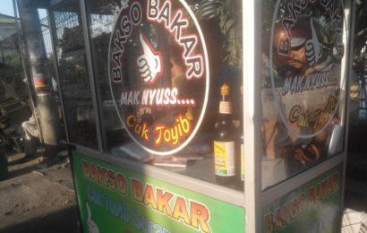 Citarasa Madura Dalam Satu Tusukan di Bakso Bakar Cak Toyib Krapyak