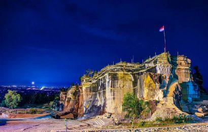 Tebing Breksi, Destinasi Wisata Alternatif di Atas Bukit
