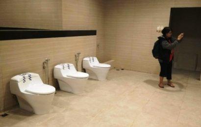 Toilet Kelas Hotel Bintang Lima di Titik Nol Diuji Coba di Tahun Baru