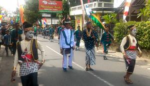 Meriah, Kirab Budaya HKSN di Plumbon